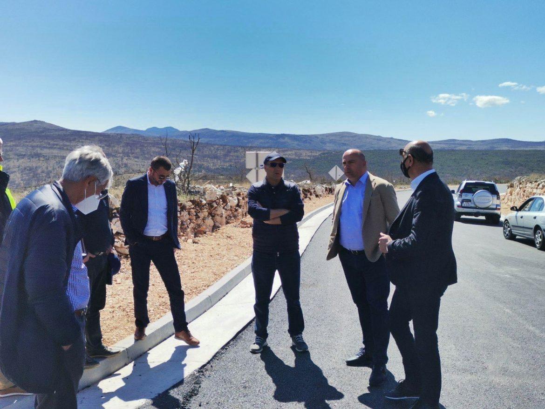 Federalni ministar Denis Lasić u obilasku gradilišta Južne obilaznice Mostara i dionice Neum – Stolac